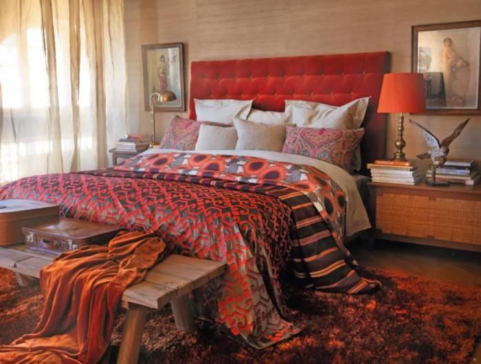 Sänggavel i höstens färger
